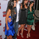 ������, ������: Joe Francis with sistres Kardashian