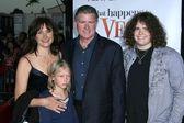 Treat Williams and family — Stock Photo