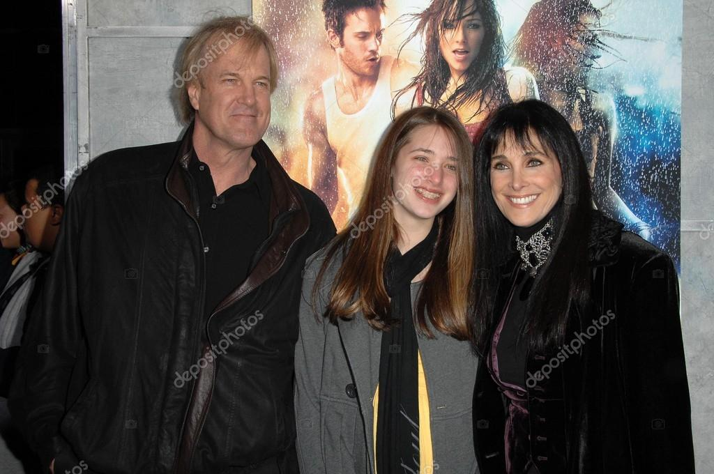 Connie Sellecca family