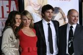Lake Bell and Cameron Diaz with Ashton Kutcher and Rob Corddry — Stock Photo