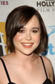 Ellen Page at the Hollywood Film Festival's 11th Annual Hollywood Awards. Beverly Hilton Hotel, Beverly Hills, CA. 10-22-07 — Stock Photo