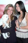 Jana Kohl and Roselyn Sanchez — Stock Photo