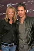 Janet Holden and Eric McCormack — Stock Photo