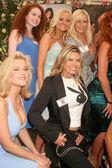 Katie lohmann und elke jeinsen bei 2008 playmate des jahres-mittagessen. playboy mansion, holmby hills, ca. 08.05.08 — Stockfoto