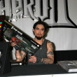Dave Navarro In Store to Promote Guitar Hero II — Stock fotografie