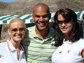 Katie Lohmann with Amaury Nolasco and Karen McDougal at the 7th Annual Playboy Golf Scramble Championship Finals. Lost Canyons Golf Club, Simi Valley, CA. 03-30-07 — Stock Photo