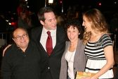 Danny DeVito and Matthew Broderick with Rhea Perlman and Sarah Jessica Parker — Stock Photo
