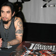 Dave Navarro In Store to Promote Guitar Hero II — Stok fotoğraf