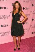 Adriana Lima arriving at The Victorias Secret Fashion Show. Kodak Theatre, Hollywood, CA. 11-16-06 — Stock Photo