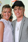 Katie Cassidy and Jesse McCartney at Nickelodeons 20th Annual Kids Choice Awards. Pauley Pavillion, Westwood, CA. 03-31-07 — Stock Photo