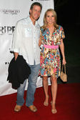 Alana Curry and guest at the Los Angeles Premiere of The Tripper. Hollywood Forever Cemetery, Hollywood, CA. 04-11-07 — Stock Photo