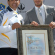 Постер, плакат: Antonio Villaraigosa and David Beckham
