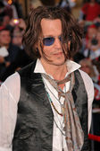 "Johnny Depp at the World Premiere of ""Pirates of the Caribbean: At World's End"". Disneyland, Anaheim, CA. 05-19-07 — Stock Photo"
