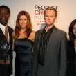 Isaiah Washington and Kate Walsh with Neil Patrick Harris and Alyson Hannigan — Foto de Stock