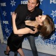 Постер, плакат: David Boreanaz and Emily Deschanel