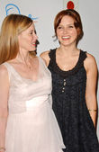 Laura Day and Sophia Bush — ストック写真