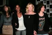Janina Gavankar and Rose Rollins with Cybill Shepherd and Katherine Moennig — Stock Photo