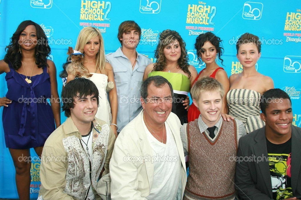 The Cast of High School Musical 2 � Stock Editorial Photo ...