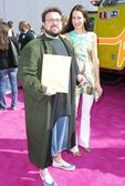 Kevin Smith and Jennifer Schwalbach Smith arriving at the 2007 MTV Movie Awards. Gibson Amphitheatre, Universal City, CA. 06-03-07 — Stock Photo