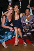 Katherine Heigl with Kate Walsh and Chandra Wilson in the press room at The 33rd Annual Choice Awards. Shrine Auditorium, Los Angeles, CA. 01-09-07 — Stock Photo