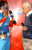 Ross Mathews and Stan Lee — Stock Photo