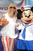 Kelly Lynch at the Opening of Disneylands Finding Nemo Submarine Voyage. Disneyland, Anaheim, CA. 06-10-07 — Stock Photo