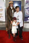 Eva LaRue and family — Stock Photo