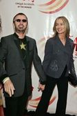 Ringo Starr and Barbara Bach — Stock Photo