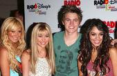 Ashley Tisdale, Miley Cyrus, Jesse McCartney, Vanessa Anne Hudgens — Stock Photo