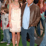 Brie Larson and Jimmy Buffett — Stock Photo #16418951