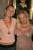 Cherish Lee and Charlene Tilton — Stock Photo