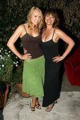 Alana curry et devin devasquez à 944 magazine et la maison de battage mtv awards partie. benoît canyon immobilier, beverly hills, ca. 02/06/06 — Photo