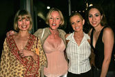 Rena Riffel and Jenny Mcshane with Katie Lohmann and Jennifer Leeser — Stock Photo