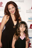 Amy Yasbeck — Foto de Stock