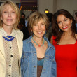 Susan Blakely with Farah White and Lin Shaye — Stock Photo