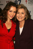 Alyssa Milano, Senator Barbara Boxer — Stock Photo