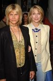 Cindy Pickett and Susan Blakely — Stock Photo