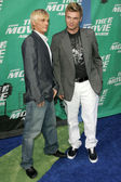 Aaron Carter and Nick Carter arriving at the 2006 MTV Movie Awards. Sony Pictures, Culver City, CA. 06-03-06 — Stock Photo
