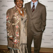 Постер, плакат: CCH Pounder and Noah Wyle