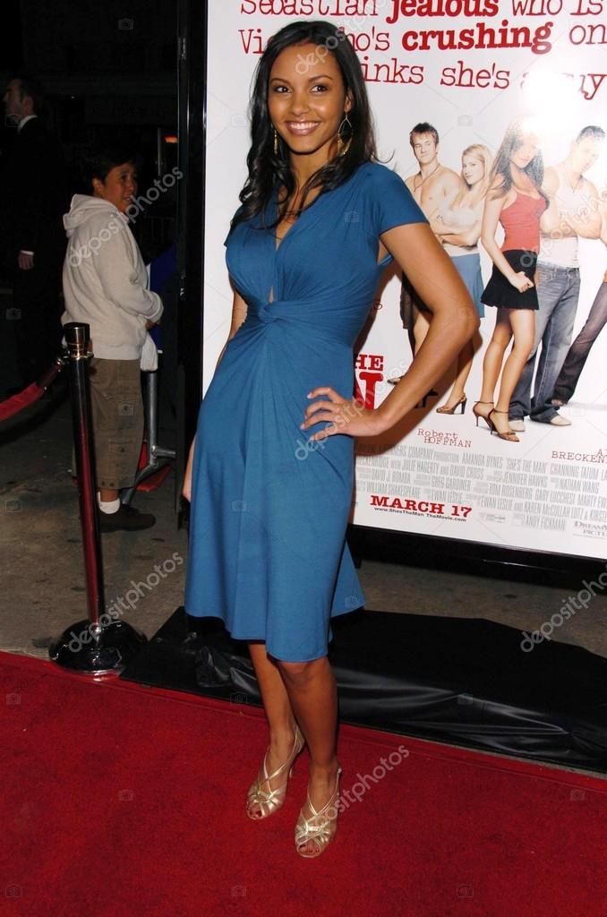 Jessica Lucasat the premiere of She's The Man. Mann Village Theatre, Westwood, CA. 03-08-06 — Stock Photo #16521809