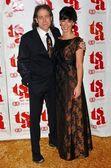 Richard Lewis and Jennifer Love Hewitt — Stock Photo