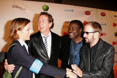 Tea Leoni and Eric Idle with Billy Preston and Ringo Starr — Stock Photo