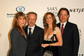 Kate Capshaw and Steven Spielberg with Tom Hanks and Rita Wilson — Stock Photo