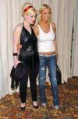 Kelly Osbourne and Tara Reid arriving at the 2 B Free Fall 2006 fashion show. Regent Beverly Wilshire, Los Angeles, CA. 03-17-06 — Stock Photo