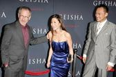 Steven Spielberg with Michelle Yeoh and Ken Watanabe — Stock Photo