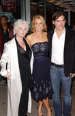 Fionnula Flanagan with Felicity Huffman and Kevin Zegers — Stock Photo
