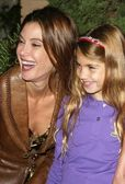 Teri Hatcher and daughter Emerson Rose — Stock Photo