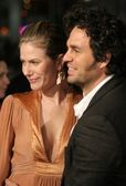 Sunrise Coigney and Mark Ruffalo — Stock Photo