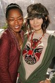 Angela Bassett, Bai Ling — Stock Photo