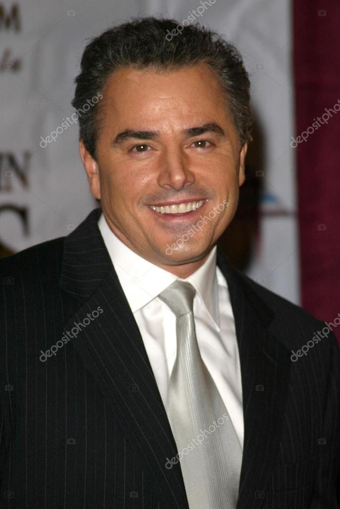 christopher knight and adrianne curry wedding